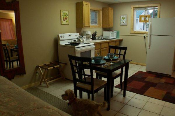 Kitchen-Dog